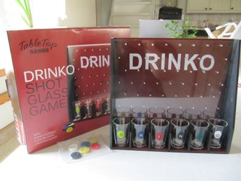 Spel Drinko shot glass game av Table Top Games
