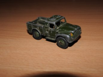 Dinky Toys Army 1 Ton Cargo Truck Green No. 641