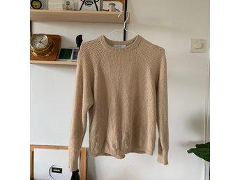 Stickad tröja från NAKD