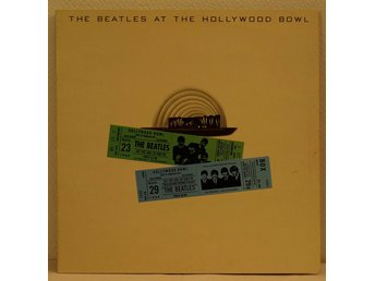LP. BEATLES - THE BEATLES AT THE HOLLYWOOD BOWL. UK