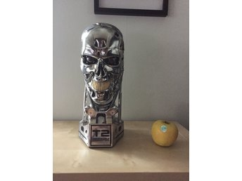 T-800 Terminator Endoskeleton Life-Size bust (Sideshow collectibles)