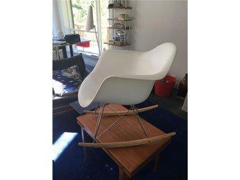 Stol i Eames stil - Hässelby - Stol i Eames stil - Hässelby
