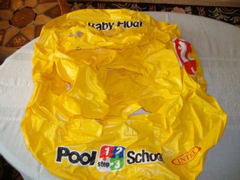 BABY FLOAT Pool School step 1,2,3