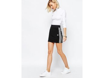 Adidas Originals Black 3 Stripe Skirt kjol nypris 399 kr Asos