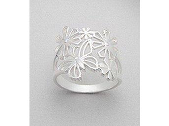 Ring Blommor & fjäril, strlk: 19 - Skövde - Ring Blommor & fjäril, strlk: 19 - Skövde