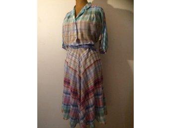 Fin vintage rutig klänning 50-tal pastell bomull stl 38 - Bandhagen - Fin vintage rutig klänning 50-tal pastell bomull stl 38 - Bandhagen