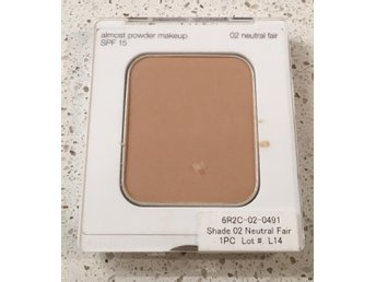 ** Clinique refill powder make up nr 02 Neutral Fair **