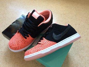 Nike SB Dunk Low Premium - Atomic Pink/White/Black - Boden - Nike SB Dunk Low Premium - Atomic Pink/White/Black - Boden