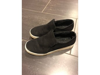H&M slip on sneakers mocka. Strl: 40