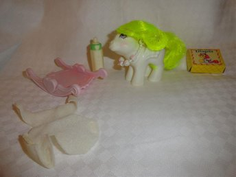 My Little Pony G1 - Baby Surprise med accessoarer