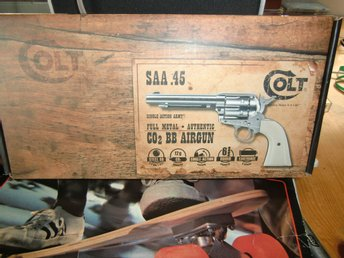 Colt 45 CO 2 BB Airgun