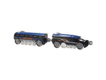 Bilar Cars tåg  - Hot Wheels - Rapid Transit - Rail Rocket  NYTT