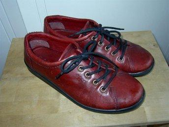 Ecco Soft röda skor sneakers i äkta skinn stl 37 - Skellefteå - Ecco Soft röda skor sneakers i äkta skinn stl 37 - Skellefteå