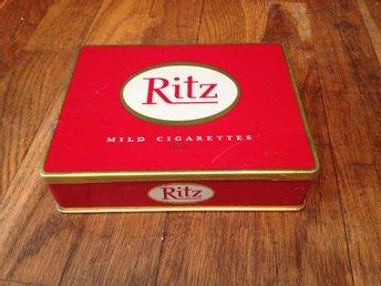 Ritz metallask