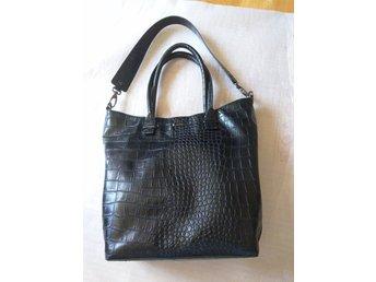 Snygga handväskor i skinn ee1003e447fb4