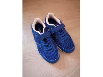 Gympadojor sneakers strl 32
