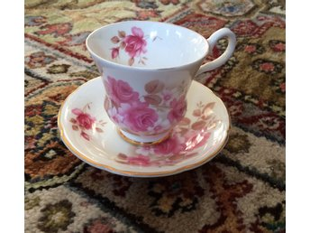 Kaffekopp med fat, Royal Grafton Fine Bone China, England