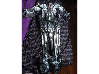 Marvel kostym o mask använd 1 gång - Boda Kyrkby - Marvel kostym o mask använd 1 gång - Boda Kyrkby