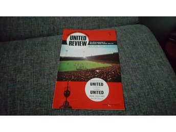 Program Manchester United v Leeds United 67-68