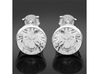 Äkta Silver Örhängen 925 med rosa CZ (339222608) ᐈ Köp på Tradera 43458ddac7ef8