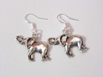 Elefant örhängen / Elephant earrings