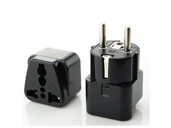 1x Portable Universal  AC Power Socket Plug Travel Charger Adapter AU UK US to E