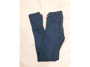 Supersköna jeans från Bikbok - Visby - Supersköna jeans från Bikbok - Visby