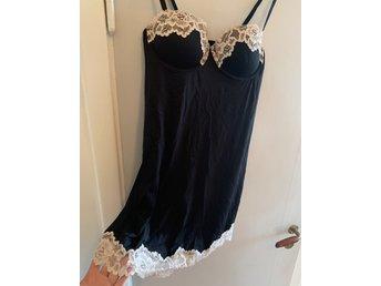 OANVÄND klänning nattlinne i sidenkvalitet me.. (407356768