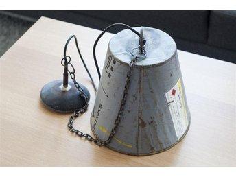 Taklampa i återvunnen plåt - Halmstad - Taklampa i återvunnen plåt - Halmstad