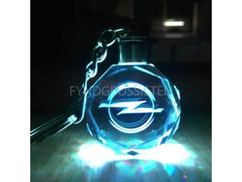 LED Light Car Logo Key Chains Nyckelring Opel Fri Frakt Ny