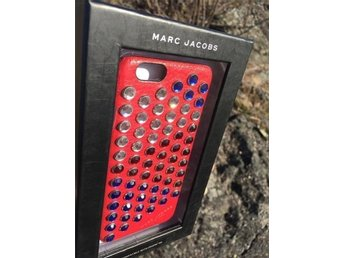 Äkta MARC JACOBS Pyt iPhone 6 skal case strass röd ~ 995kr