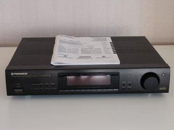 PIONEER F-504RDS FM/AM DIGITAL-SYNTESTUNER.