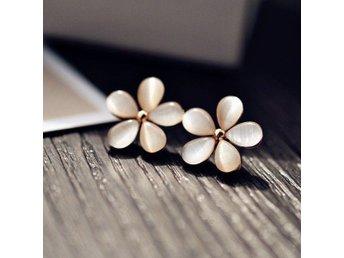Fashion Elegant Flower Crystal Rhinestone Ear Stud Örhängen - Hong Kong - Fashion Elegant Flower Crystal Rhinestone Ear Stud Örhängen - Hong Kong