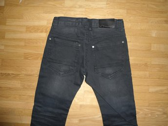 KAPPAHL LAB INDUSTRIES RYAN  JEANS 146 HELT NYA