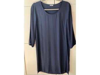 Blå klänning från Filippa K, strl s (415664079) ᐈ Köp på