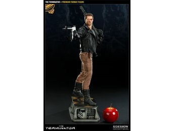 The Terminator - Premium Format™ Figure by Sideshow Collectibles