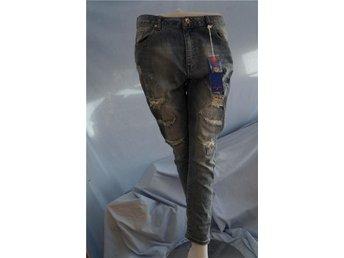 Ljusblå tighta tvättade Jeans i sliten LOOK i stretch. Oxygen. Stl S. - Norrtälje - Ljusblå tighta tvättade Jeans i sliten LOOK i stretch. Oxygen. Stl S. - Norrtälje