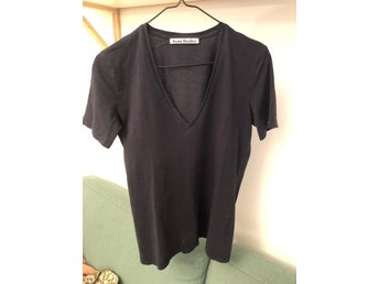 Acne t-shirt dam medium mörkblå