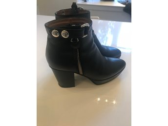 Acne boots orbit, svart