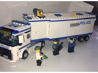 "LEGO City ""Mobile Police Unit"""