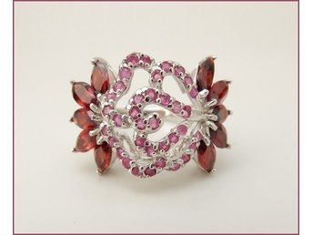 UNDERBAR RING I 925 STERLING SILVER m RUBY/GARNET(NATURAL).