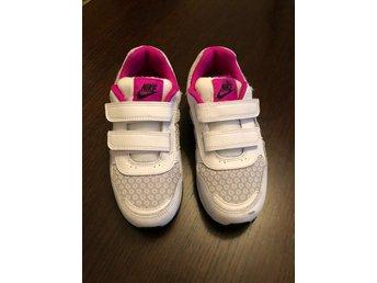Nike skor sneakers31 innemått 19 cm (347721227) ᐈ Köp på
