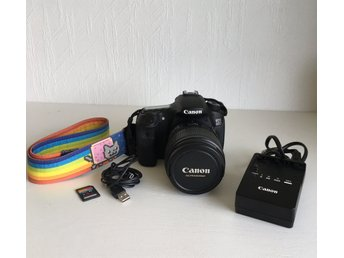 Canon EOS 60D + Canon EF-S 15-85 mm IS USM + laddare + SD kort + USB-kabel + rem