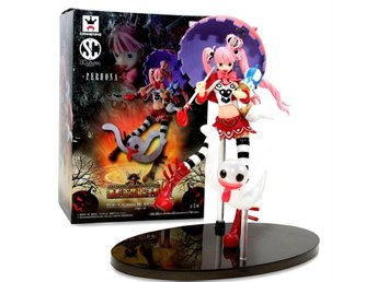 Perhona Perona  ONE PIECE SCultures BIG 18 cm