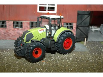 SIKU Claas Axion 850 limited edition skala 1:32