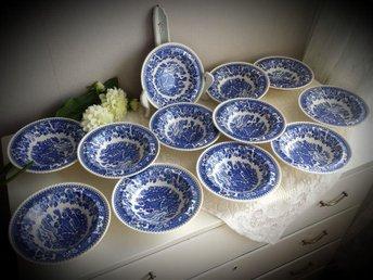 Wood & sons Engelska blåvita skålar frukosttallrikar - Motala - Wood & sons Engelska blåvita skålar frukosttallrikar - Motala