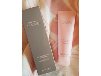 Mary Kay TimeWise Age Minimize 3D Day Cream (comb/oil)
