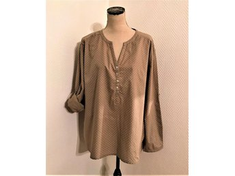 FLASH WOMAN lacker prickig  tunika/ blus strl  XL  46/48  som  NYSKICK !