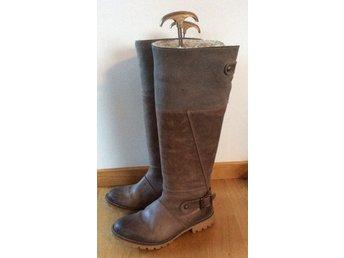 Skinnstövlar skor strl 36. Skinn och mocka rågummisula fodrat skaft boho  bohem bec2fd67a6a92