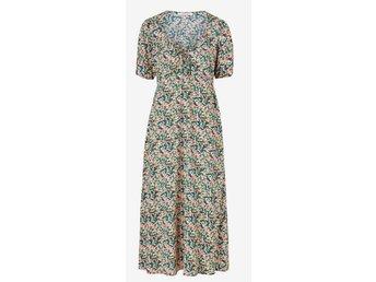 Ny blommig klänning från Ellos Joelle strl 44 m.. (419008608